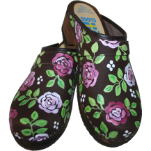 Brown Oil Brocade Clogs