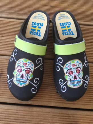 Black Oil Mexican Skull Clogs