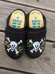 Black Oil Skull & Roses Clogs