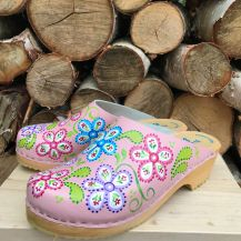 Pink FlowerPower clogs