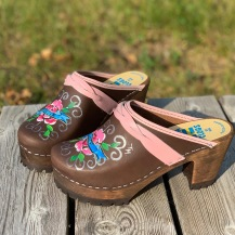 Brown Oil Peace&Hope High Heel Mountain Clogs