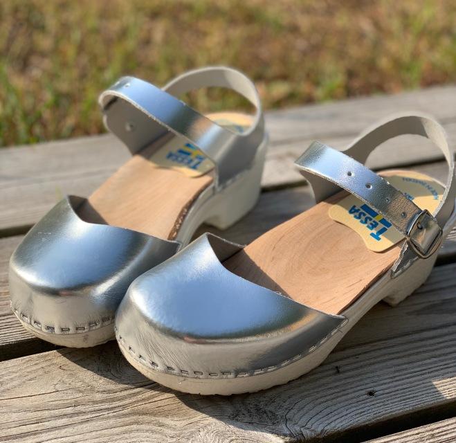 Silver Soft Clog sandal ( går att beställa i ljusrosa, cerise, ljusblå, vit,turkos, silver, guld och röd)