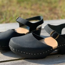 Black oil Soft clog sandal
