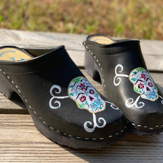 Sugar Skull Soft clogs