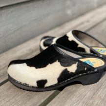 Black&White Cow clogs