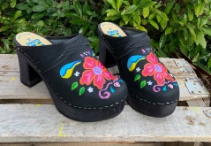 Black Oil Petra Ultimate High Clogs